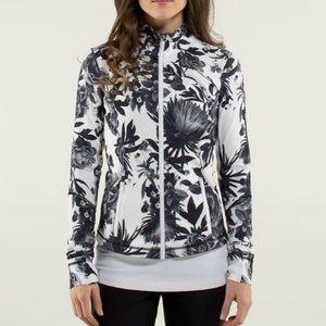 Lululemon Forme Jacket II Brisk Bloom Size 8